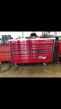 Snap On Epic 68 tool box. Great condition!!  Denver, 17517