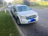 Ford - Escape - 2008 Hybrid , new rear brakes pads and rotors Brampton, L6T