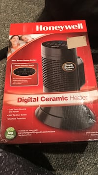 black Honeywell digital ceramic heater box Mansfield, 44905