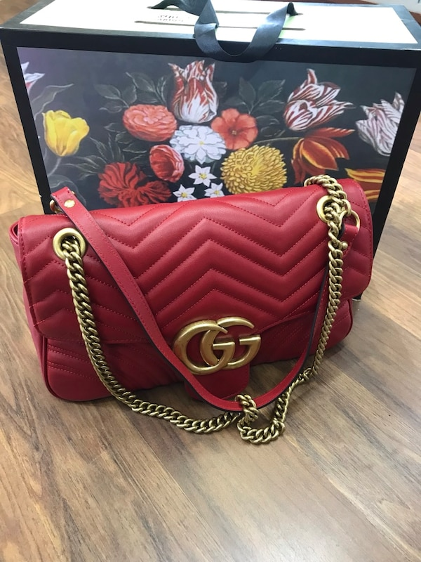 af7cfa948531 Used red Gucci leather crossbody bag for sale in Norcross - letgo