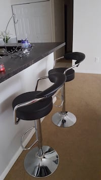 New in box 2 x Round Barstool With Arm Rest and Back South El Monte, 91733