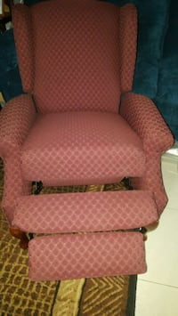 NEW lovely Red Recliner Chair - Manual