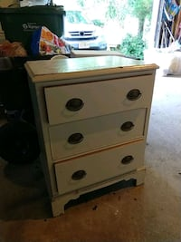 Heavy 3 drawers chest