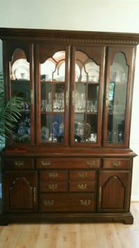 SOLID WOOD CHINA CABINET Dunkirk, 20754