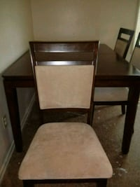 Kitchen table with chairs Hagerstown, 21740