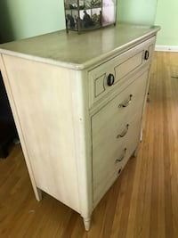 Off white dresser set Toronto, M1P 1H6