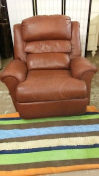 Brown Leather Recliner Baton Rouge, 70802