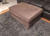 Ottoman with storage space. Like new Pickering, L1V 6T7