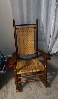 Wood/wicker rocking chair
