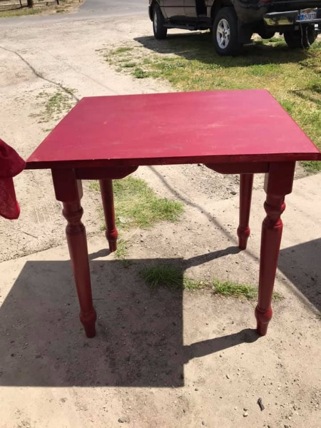 red table 29 x 29 1 2 x 25 solid wood 45 00 vintage chair s 30 00 rh tr letgo com