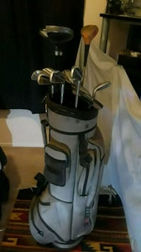 gray and black golf bag with golf clubs Bakersfield, 93311