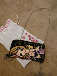 Cute girl wallet with over shoulder chain Richmond Hill, L4S 1T2