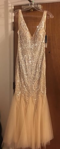 Nude color, size Small form fitting prom dress Manchester, 06040