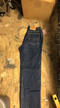 blue Levi's jeans Pearland, 77581