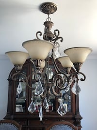 Chandelier with crystals mint condition Montréal, H4M