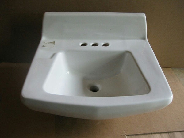 White Wall Mount Bathroom Sink 20 X 18 New