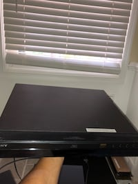 Sony BDP-S300 1080p Blu-ray Disc Player Arlington, 22206