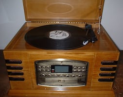 Record/tape player and radio