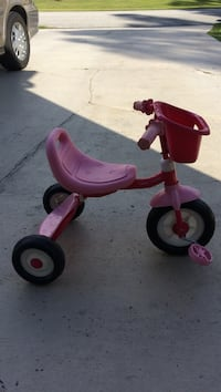 toddler's pink and purple trike Port Saint Lucie, 34953