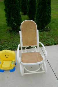 baby's white and yellow high chair Shelby, 44875