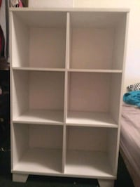 white wooden 6-cube shelf 663 mi