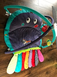 Mamas & Papas Octopus Playmat and Gym Surrey, V3Z