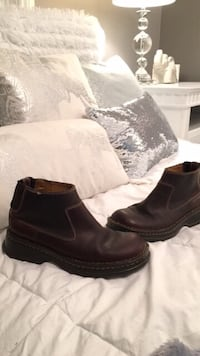 Size 6 ladies,brown Genuineleather boots $60 Upham, E5N 3L2