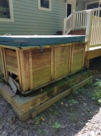 Hot tub works 1 of the 2 motors is failing. Exterior needs repair.  Not used in last 1 1/2 yrs. You disconnect - hard wired, you haul.  Top is 3ish yrs old.  Crofton, 21114