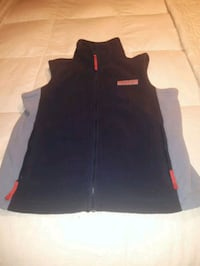Vineyard Vine fleece vest size 8-10 Laval, H7T 0A9