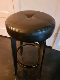 black leather barstools 2 for $50  Washington, 20017