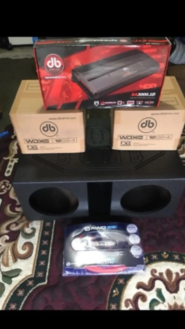 "Nice system 2-12"" Db drive 2500 watts each supper bass pro box 0 gauge and  3000 watts Db drive amp"
