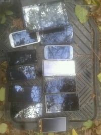 13 different cell phones  Brooklyn, 21225