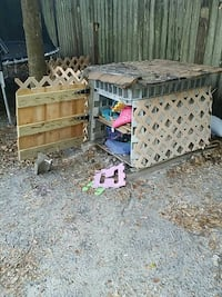 Homemade toy box moving must have gone tomorrow Panama City, 32404