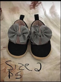 Baby shoes  Brantford, N3R 7W2