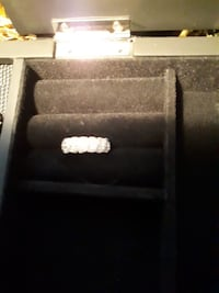 10KT white gold ladies 12 diamond band