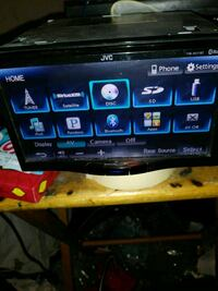 Like new JVC double Den radio aux and use. Cost Metairie
