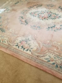 Luxury Hand Knotted Chinese Wool Rug Charlotte