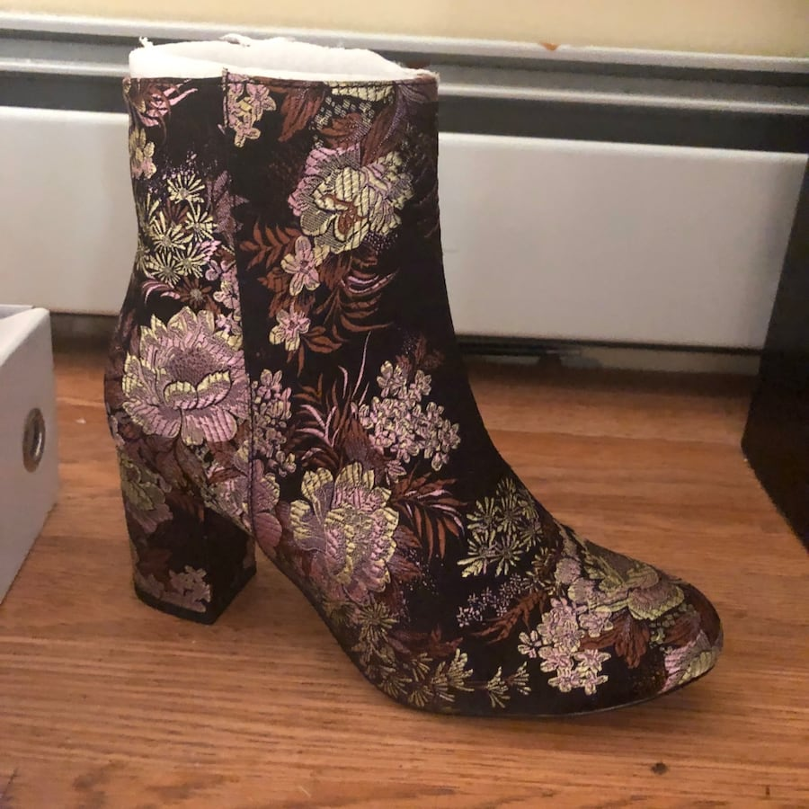 Paisley boots