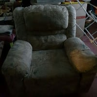 brown suede recliner sofa chair Dundalk, 21222