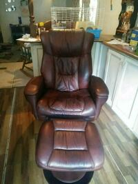 brown leather recliner sofa chair Seffner, 33584