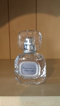 clear glass perfume bottle with box Cambridge, N1T 1K9