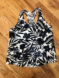 black and white floral tank top Russell, K0A 1W0