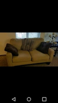 brown fabric 2-seat sofa Kennewick, 99337