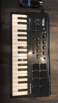 M-Audio midi keyboard mini (Used)  Toronto, M5V 4A8