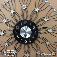 black and white wall clock Markham, L3T