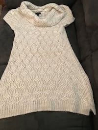Sweaters $2 each size in details Columbia, 38401