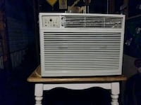 white window type air conditioner Jacksonville, 32210