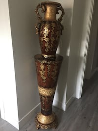 Brown and gold wooden decoration piece. Surrey, V3X 3K9
