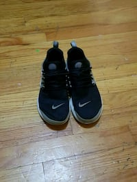 pair of black Nike basketball shoes Lincoln, 68503