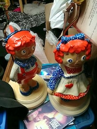 two red and blue dressed girl ceramic figurines Kitchener, N2E 1J7